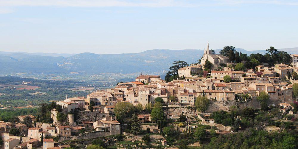 Village colline Luberon France